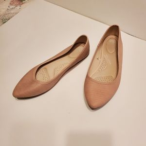 SO Peach / Fleshtone Flats, Sz 10